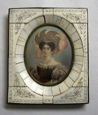 Peinture MINIATURE XVIIIème IMPERATRICE AUTRICHE cadre MARQUETERIE ciselée FLEUR