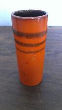 schicke kleine orange VASE mit 3 schwarz-braunen Streifen - D=52 H=133 mm RETRO