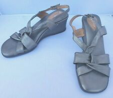 Clarks Artisan Collection Open Toe Leather Wedge Heel Slingback Sandals Size 8M