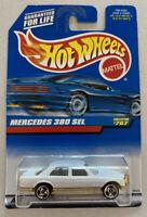 1998 Hotwheels Mercedes 380 SEL White Vintage Mint! MOC! Very Rare!