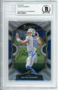 2020 Panini Select Concourse Level Signed Justin Herbert AUTO BGS