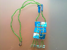 COLLAR VERDE Y AZUL TURQUESA. green and turquoise necklace.