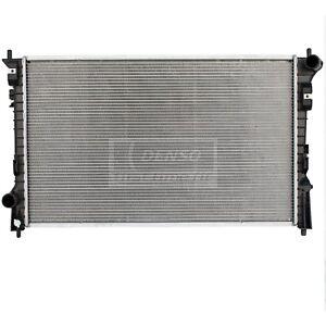 For Ford Taurus 3.5L 2013-2017 Lincoln MKS 3.7L V6 13-16 Radiator 221-9298 Denso