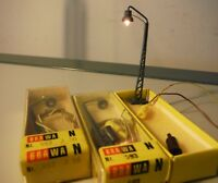 BRAWA art. 593 (4593) scala N lampade con traliccio. Nr.2 confezioni