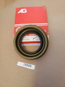 Amgauge Oil Seal  18888 (Same as National 6808N) NOS