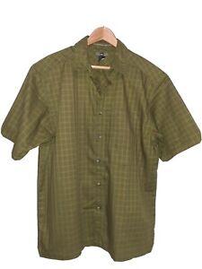 REI Short Sleeve Size M L Button -up Green Camp Shirt