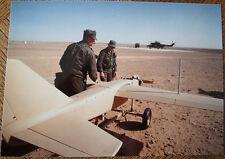 AVIATION, PHOTO AVION (DRONE? TELEGUIDE?) DANS LE DESERT, MILITAIRES,HELICOPTERE