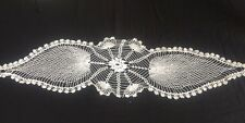 X vintage ricamo crochet lace doily ANTICO VASSOIO Panno Tavola Runner MAT