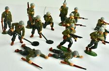 16 Vintage Painted Lead WW2 US Infantry Soldiers; Timpo, 1950s. Top Shape