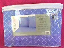 NWT 250  THREAD COUNT BLUE  KING SIZE SHEET SET