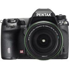 Near Mint! Pentax K-5 II 16.3 MP DSLR DA 18-135mm WR Black - 1 year warranty