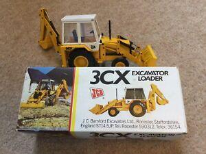 NZG No 216 JCB 3CX Excavator Loader Scaled Model - Boxed