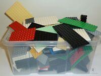 LEGO® 30 Platten Bauplatten Konvolut verschiedene Farben und Größen kg Plates