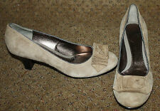 SOFFT Light Brown Suede Leather Pumps Bow Detail 7.M NWOB