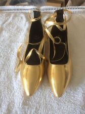 Ladies - Gold Flats with optional Leg Ties - New - Size 6