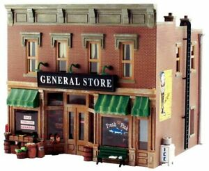 """O Scale - Lubener's General Store, """"Pre-Fab Building KIT""""  WOO-PF5890 A"""