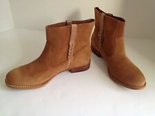 Free People Report Rudy Boots Dark Tan Suede size 6 New in box Great Buy !