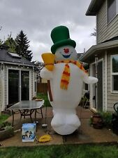 Frosty the Snowman Gemmy Airblown Inflatable 10 Feet Tall Lighted Christmas