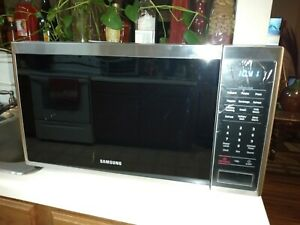 Samsung 1.4 cu. ft. Countertop Microwave with Sensor Cooking - Stainless Steel