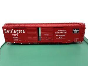 Atlas O Double plug door box car - Missing Trucks & Couplers- CB&Q #47065