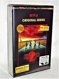 Stranger Things Season 2 (Blu-ray/DVD, 2017, 6-Disc Collectors) NEW Winona Ryder