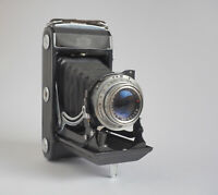 Balgenkamera Zeiss Ikon Ercona Dresden, mit Novomar Anstigmat 4,5/110mm, rotes V