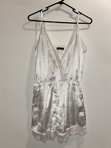 Boohoo White Lace Edged Playsuit Size 8