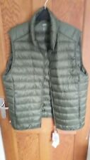 Uniqlo Ultra Light Down Vest Green large New with tags