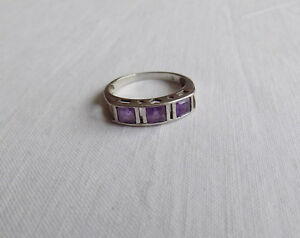 Beautiful Silver Ring with Sparkling Purple Stones UK Q US 8 - 8.5