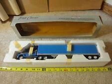 Tonkin diecast 1/53 model Freightliner semi truck, tractor trailer. NOS/new!