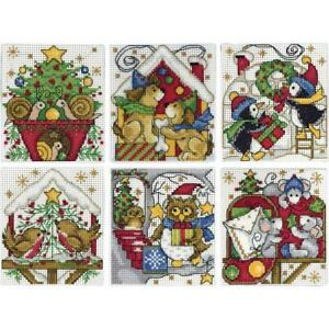 Design Works Plastic Canvas Ornament Kit HOME FOR CHRISTMAS Cross Stitch 1697