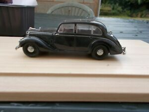 43ALS001-ARMSTRONG SIDDLELEY IN LANCASTER BLACK--GOOD CONDITION /UNBOXED