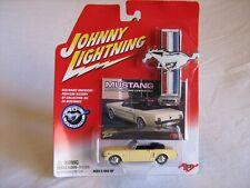 2004 Johnny Lightning Mustang 40th Anniversary 1965 Ford Mustang Convertible