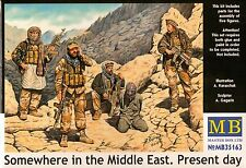 """1/35 """"Somewhere in the Middle East"""" Present day - 5 Figures  - Plastic Model Kit"""