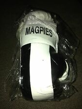 AUSSIE RULES MAGPIES MINI BOXING GLOVES ORNAMENTS *NEW*