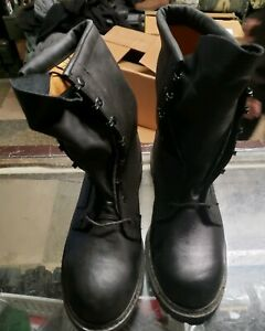 Black Gortex Insulated Boot with Insert Size 10.5R