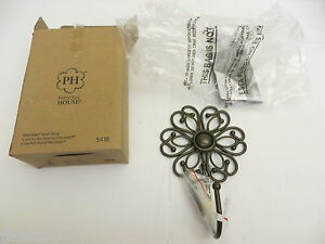 L 5418 Princess House Meridian Flower Wall Hook(1)Hostess will soon b gone Disc.