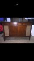 Mid Century Radio Silverton Cabinet Media TV Console Buffet Sideboard Credenza