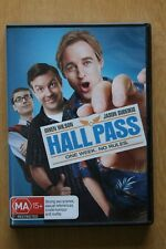 Hall Pass (DVD, 2011)    Preowned (D205)