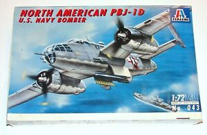 North American PBJ-1D Navy Bomber Plane 1:72 Model Sealed Italeri 1994