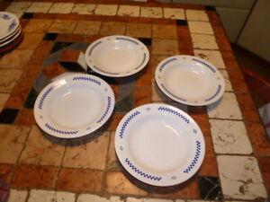 4 Assiettes à pâtes LUSTUCRU Vintage - TBE -