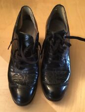 True Vintage Oxford Style Ladies Blocked Heel  in Size 5- 5.5 Leather