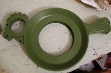 4 Vintage Plastic Picnic Paper Plate Holders Retro green chicken Boat Camper MCM