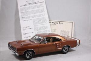 Danbury Mint 1969 Dodge Super Bee 440 Six Pack 1:24 Scale Diecast Model Copper