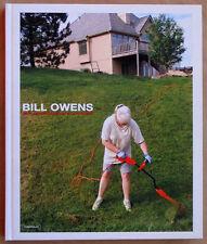 Bill OWENS. Photographs. Ex. signé. Damiani Editore, 2007. E.O.