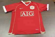 Vintage Manchester United Men's Nike Red Soccer Jersey - Medium