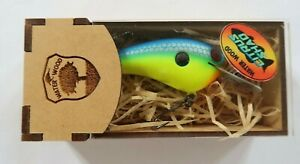 Water Wood Custom Baits Cute Pig  D Wood Crankbait Matte Parrot Color
