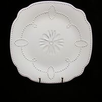 """American Atelier At Home GABRIELLE SCALLOP WHITE Dinner Plate(s) 11"""" EXCELLENT"""