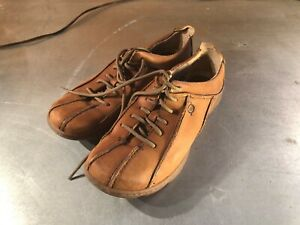 Women's Born Brown Leather Lace-Up Shoes- Size: 7.5