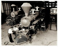 Vintage DISNEY WORLD CONSTRUCTION 8x10 PHOTO, WDW RAILROAD ENGINE BEING BUILT